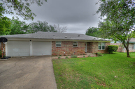 824 Gregory Ave Bedford TX, 76022