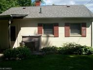 6008 Lakeshore Dr Andover OH, 44003