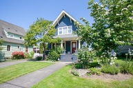 1514 42nd Ave Sw Seattle WA, 98116