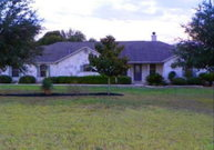 1260 Country View La Vernia TX, 78121