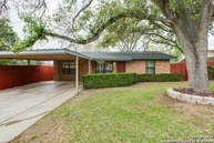263 Goodhue Avenue San Antonio TX, 78218