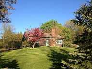 4 Greenwoods Tpke Colebrook CT, 06021