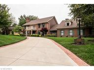 3745 Old Colony Dr Northwest Canton OH, 44718