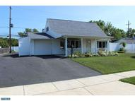 6 Cliff Rd Levittown PA, 19057