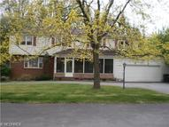 19 Norwick Dr Youngstown OH, 44505