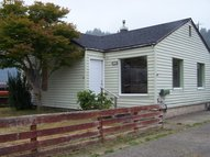 1225 Hawthorne Ave Reedsport OR, 97467