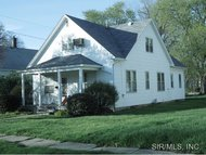 443 South Spruce Nokomis IL, 62075