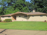 806 S. 5th St. Collins MS, 39428
