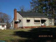 203 Mcdonald St Louisa VA, 23093