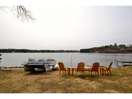30 Lakeside Dr Sandown NH, 03873