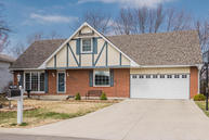 1931 Eastbrook Circle Moberly MO, 65270
