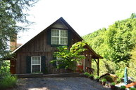 323 Wrenlock Little Switzerland NC, 28749
