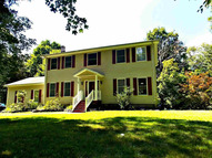 42 Connelly Dr Staatsburg NY, 12580