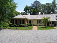 16 Troon Place Weems VA, 22576