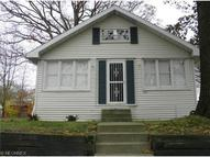 387 Sieber Ave Akron OH, 44312