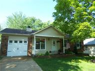 838 Peace Haven Saint Louis MO, 63125