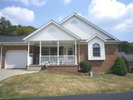 1447 Cove St Northwest Uniontown OH, 44685