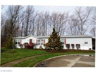 3 Leahs Way Olmsted Township OH, 44138