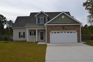 302 Squire Court Maple Hill NC, 28454