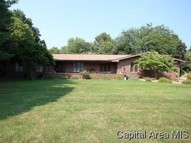 17 Oakwind Road Cantrall IL, 62625