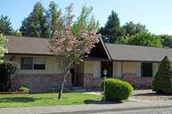 1020 Maple Ave Ukiah CA, 95482