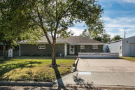 605 Maple Ave Panhandle TX, 79068