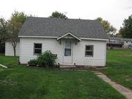 703 Beautiful St Tama IA, 52339