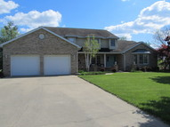 37 Country Club Rd Mount Vernon IL, 62864