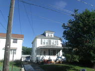 885 Shoemaker St West Wyoming PA, 18644