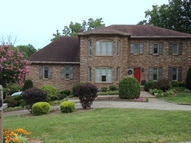 5212 Moccasin Trail Louisville KY, 40207