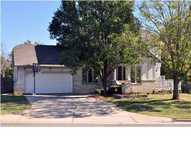 4616 North Farmstead Ct Bel Aire KS, 67220