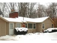 2500 Kurtz Road Holly MI, 48442