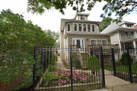 5153 West Montrose Avenue Chicago IL, 60641