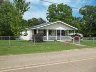 738 Beach  Road Poplarville MS, 39470
