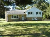 38 Neill Dr Fountainville PA, 18923