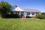 5176 Meadowwood Dr Bon Aqua TN, 37025