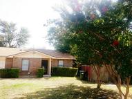 913 Pepperidge Court Lancaster TX, 75134