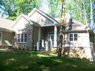 32 Niblicks Cir Penhook VA, 24137