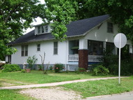 511 Southeast Fourth Street Fairfield IL, 62837