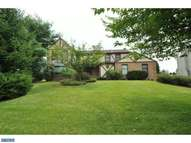 1696 Fairway Dr Jamison PA, 18929