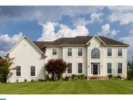 4 Saddlebury Ct Southampton NJ, 08088