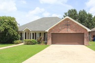 109 Twin Lakes Dr Youngsville LA, 70592