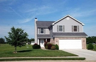 1916 N Sandal Wood Dr Yorktown IN, 47396