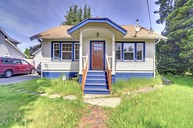 914 Sw 102nd St Seattle WA, 98146