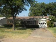 1409 N Ave L Haskell TX, 79521
