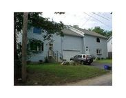 26 Sunset Av West Warwick RI, 02893