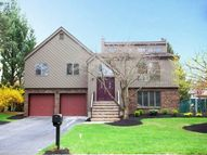 633 Alacci Way River Vale NJ, 07675