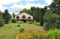 1466 Wolf River Fremont WI, 54940