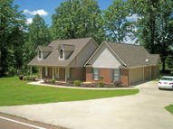 125 Trianon Batesville MS, 38606