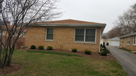 142 South Westmore-Meyers Road Lombard IL, 60148